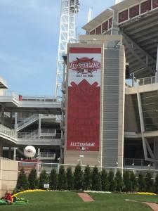 Reds Allstar Elevator Banner