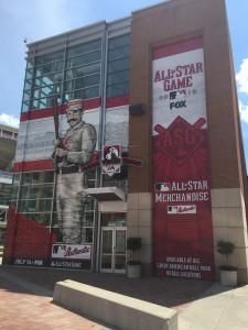 Reds TEam Shop Allstar Banner-Windows